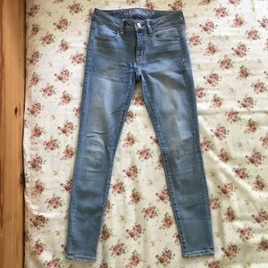 American Eagle Outfitters Jeans - [SALE] AEO Light Wash Jeggings